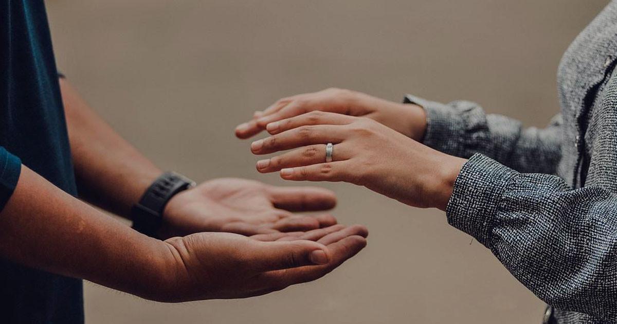 Hukum Seorang Lelaki Berjanji Untuk Menikahi Si Perempuan